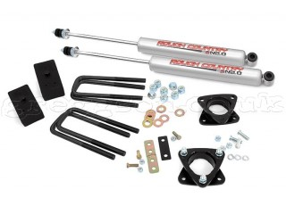 "Toyota Tundra 4WD (1999-2006) 2,5"" Lift Kit Rough Country"