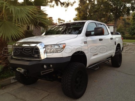 Toyota Tundra (2007-2014) Steel Front Bumper Winch Smittybilt