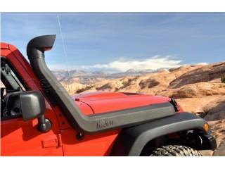 Jeep Wrangler JK Snorkel AEV