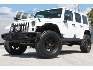 Jeep Wrangler JK 4D Body Cladding XRC Smittybilt