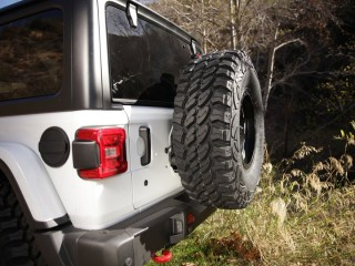 Jeep Wrangler JL 2D/4D Tire Relocation Bracket Smittybilt